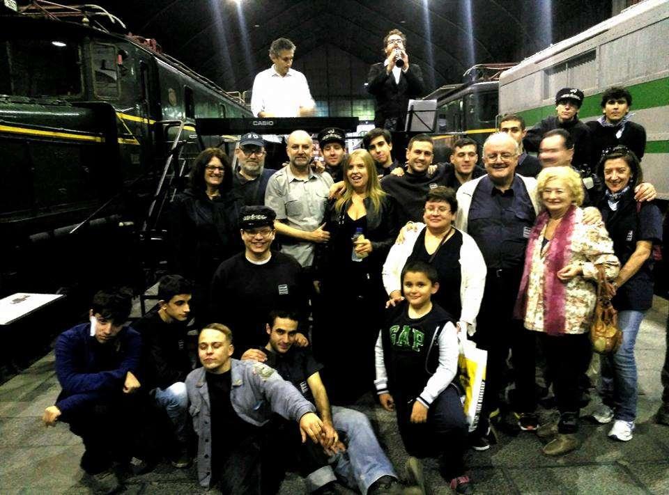 Foto de grupo vigésimo aniversario CiMaF.