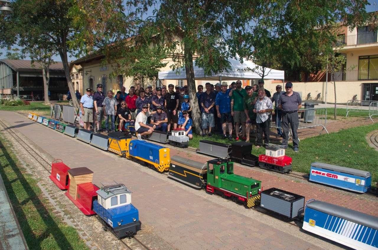 Foto de grupo de la 18ª Trobada del Trenet de la Vall d'Aro