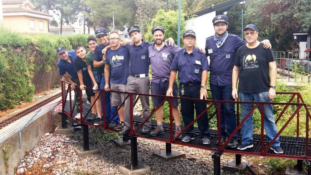 """Foto de grupo en el puente """"Entrellacs"""""""