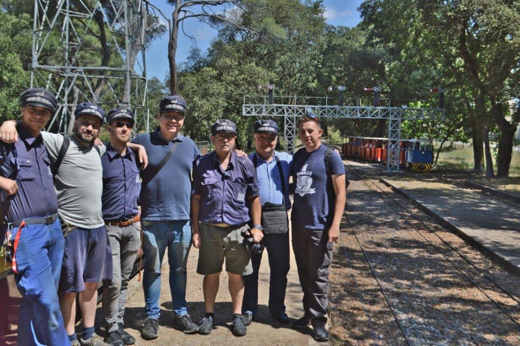 Foto de grupo en el Tren de Palau