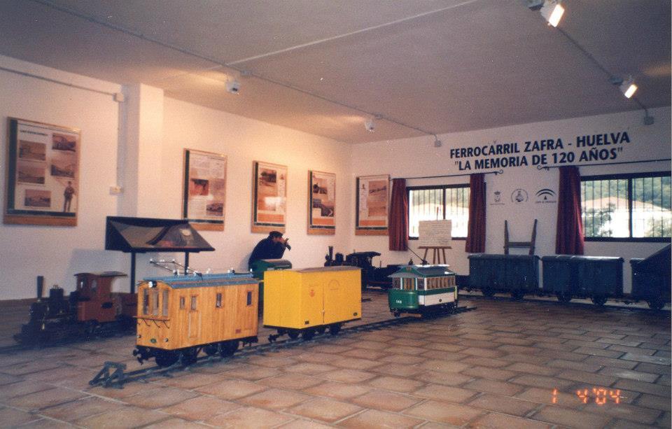 Exposición en la estación de Jabugo