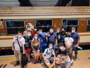 Grupo con el Tren de los 80